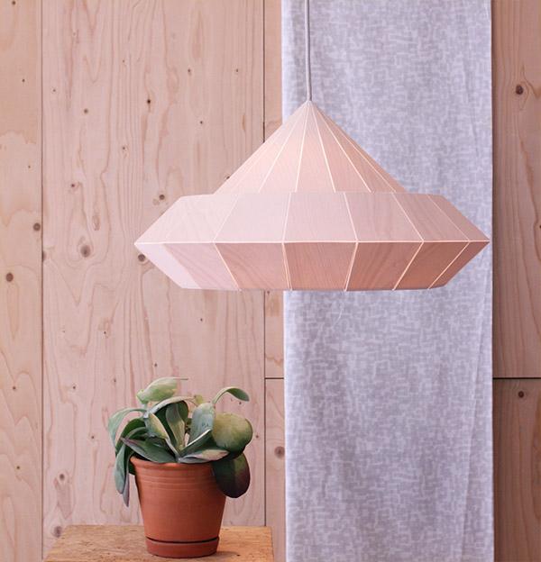 Woodpecker lamp