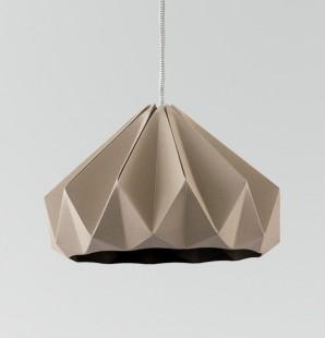 Chestnut gevouwen papieren origami lamp bruin