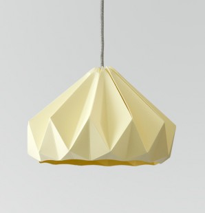 Chestnut gevouwen papieren origami lamp kanariegeel