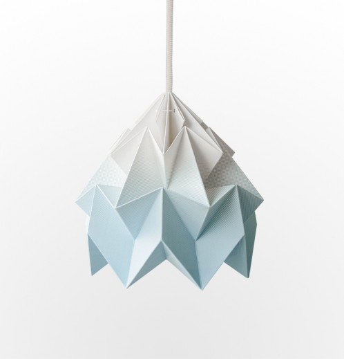 Moth gevouwen papieren origami lamp gradient blauw