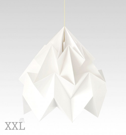 Moth XXL gevouwen papieren origami lamp wit