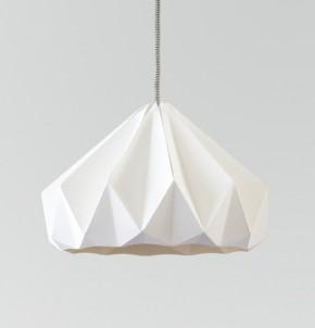 Chestnut gevouwen papieren origami lamp wit
