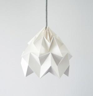 Moth gevouwen papieren origami lamp wit